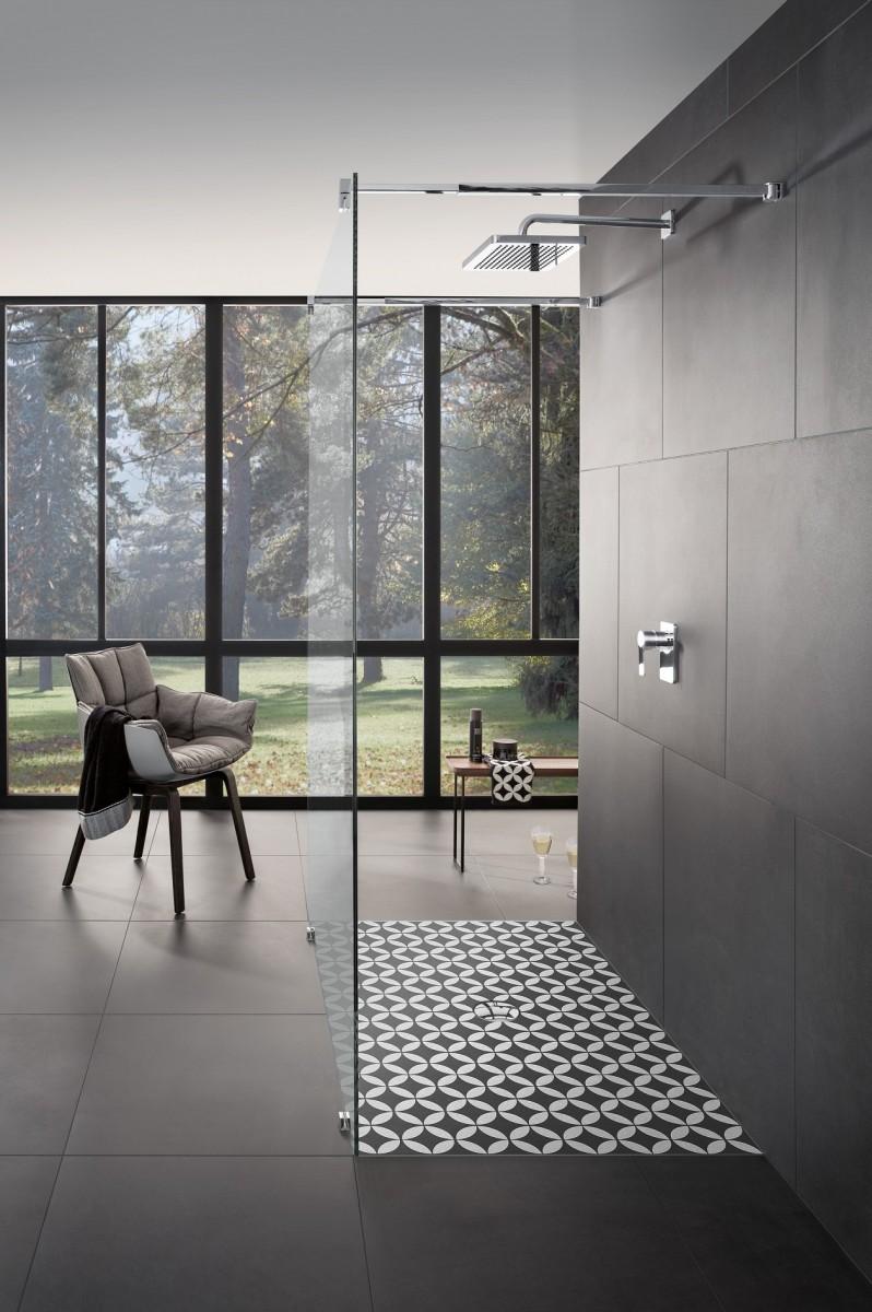 PERSBERICHT Villeroy & Boch douchevloeren met decors van Edward van ...